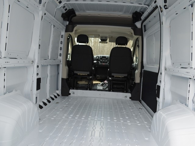 2018 ProMaster 1500 High Roof FWD,  Empty Cargo Van #R1340 - photo 2
