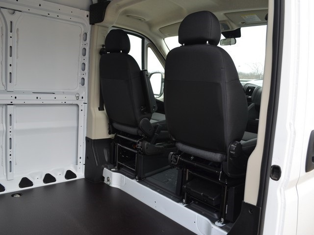 2018 ProMaster 2500 High Roof, Cargo Van #R1342 - photo 12