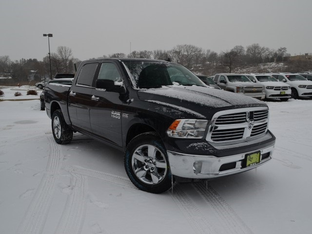 2018 Ram 1500 Crew Cab 4x4, Pickup #R1366 - photo 4