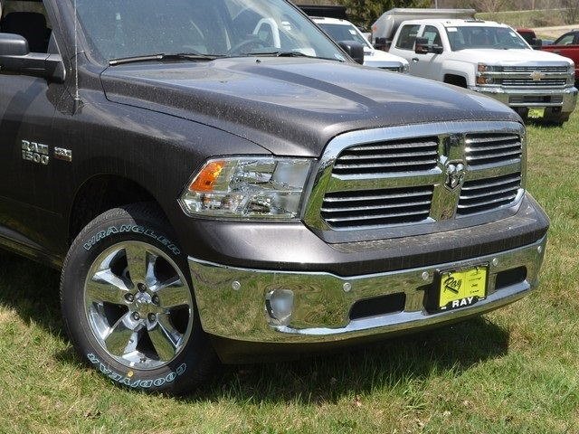 2018 Ram 1500 Crew Cab 4x4, Pickup #R1370 - photo 3