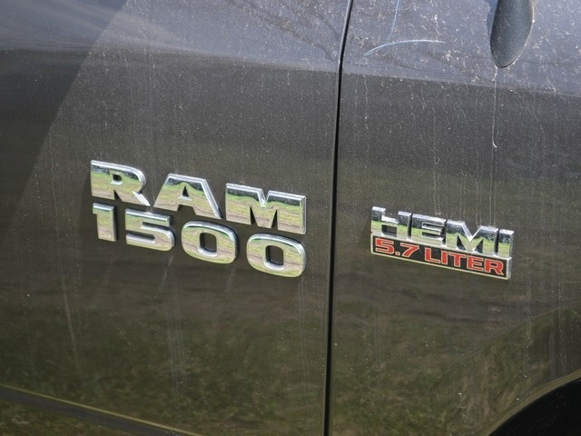 2018 Ram 1500 Crew Cab 4x4, Pickup #R1370 - photo 2