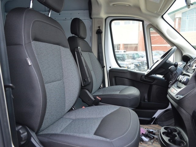 2018 ProMaster 2500 High Roof, Cargo Van #R1385 - photo 9