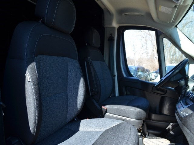 2018 ProMaster 1500 Standard Roof,  Empty Cargo Van #R1407 - photo 10