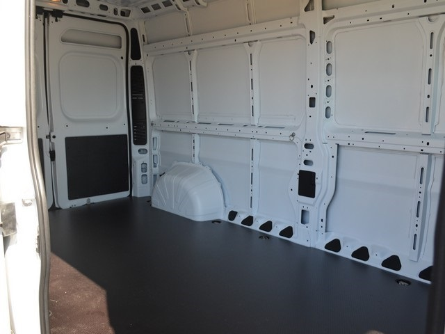 2018 ProMaster 2500 High Roof,  Empty Cargo Van #R1410 - photo 13