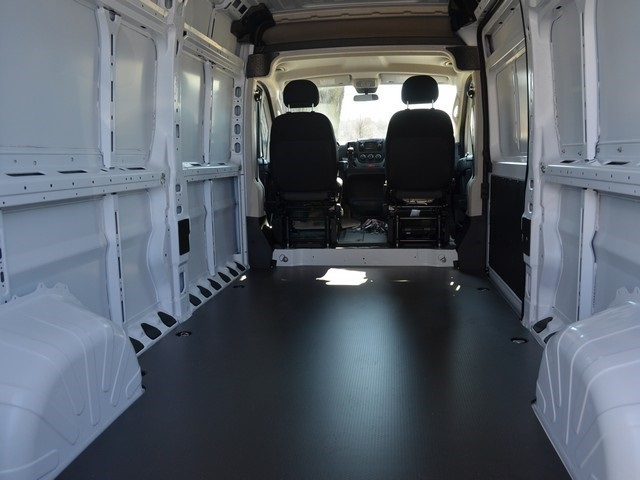 2018 ProMaster 2500 High Roof, Cargo Van #R1410 - photo 2
