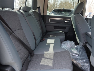 2018 Ram 1500 Crew Cab 4x4, Pickup #R1437 - photo 14