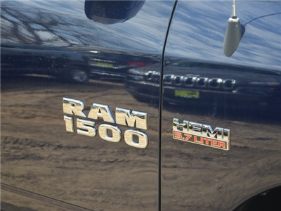 2018 Ram 1500 Crew Cab 4x4, Pickup #R1437 - photo 6