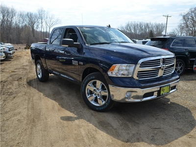 2018 Ram 1500 Crew Cab 4x4, Pickup #R1437 - photo 9