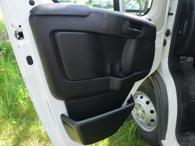 2018 ProMaster 1500 Standard Roof FWD,  Empty Cargo Van #R1444 - photo 13