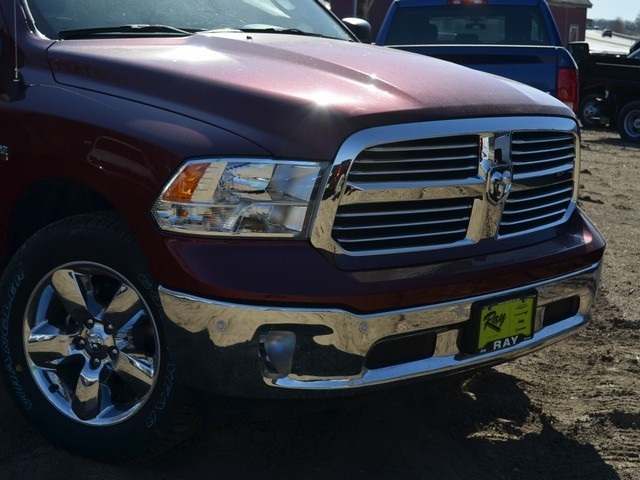 2018 Ram 1500 Crew Cab 4x4, Pickup #R1448 - photo 3
