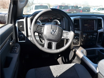 2018 Ram 1500 Crew Cab 4x4, Pickup #R1448 - photo 15