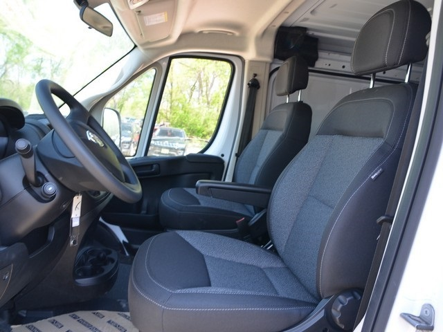 2018 ProMaster 1500 Standard Roof, Cargo Van #R1454 - photo 15
