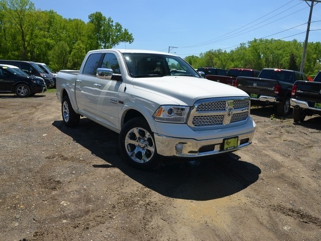 2018 Ram 1500 Crew Cab 4x4,  Pickup #R1462 - photo 8