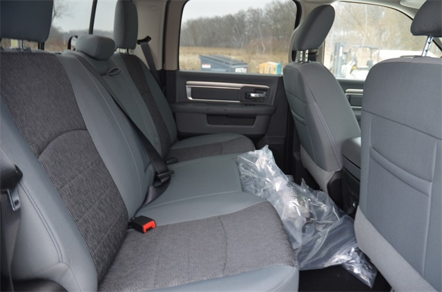 2019 Ram 1500 Crew Cab 4x4,  Pickup #R1634 - photo 12
