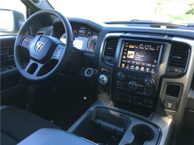 2017 Ram 1500 Crew Cab 4x4 Pickup #17278 - photo 11