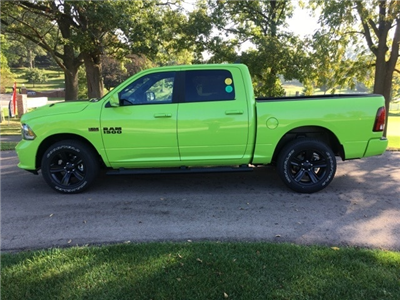 2017 Ram 1500 Crew Cab 4x4 Pickup #17278 - photo 3