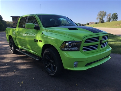 2017 Ram 1500 Crew Cab 4x4 Pickup #17278 - photo 7