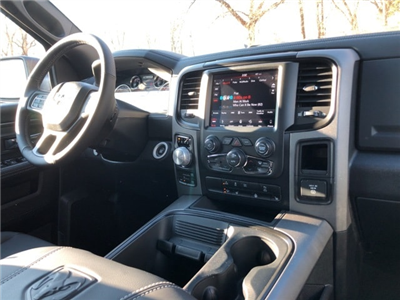 2018 Ram 1500 Crew Cab 4x4 Pickup #18046 - photo 10