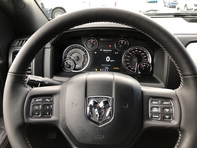 2018 Ram 1500 Crew Cab 4x4 Pickup #18083 - photo 15