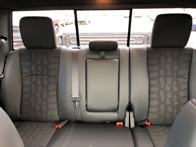 2018 Ram 1500 Crew Cab 4x4 Pickup #18083 - photo 24
