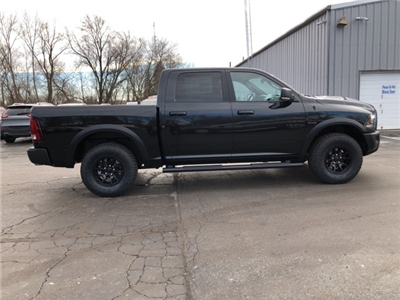 2018 Ram 1500 Crew Cab 4x4 Pickup #18083 - photo 7