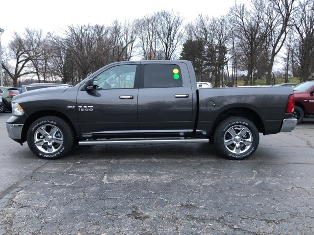 2018 Ram 1500 Crew Cab 4x4, Pickup #18092 - photo 3