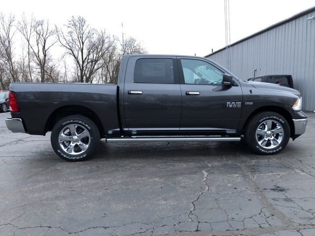 2018 Ram 1500 Crew Cab 4x4, Pickup #18092 - photo 6