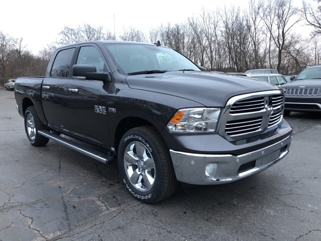 2018 Ram 1500 Crew Cab 4x4, Pickup #18092 - photo 7