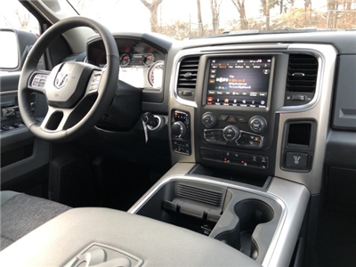 2018 Ram 1500 Crew Cab 4x4, Pickup #18135 - photo 12