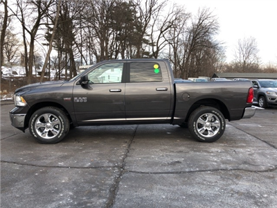 2018 Ram 1500 Crew Cab 4x4, Pickup #18135 - photo 3