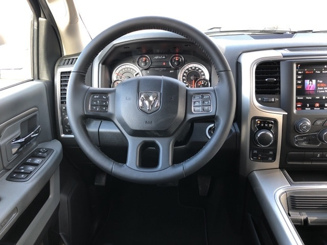 2018 Ram 1500 Crew Cab 4x4, Pickup #18136 - photo 11