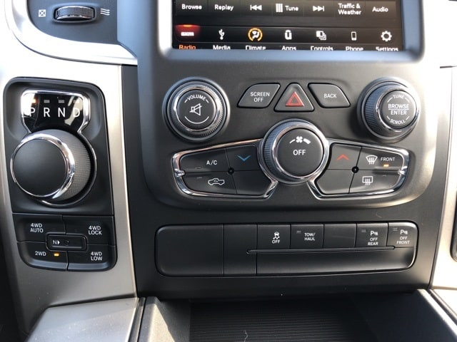 2018 Ram 1500 Crew Cab 4x4, Pickup #18136 - photo 14