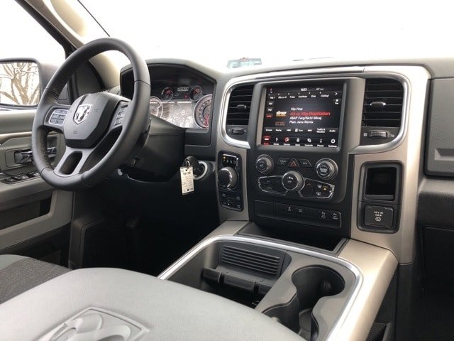 2018 Ram 1500 Crew Cab 4x4, Pickup #18139 - photo 12