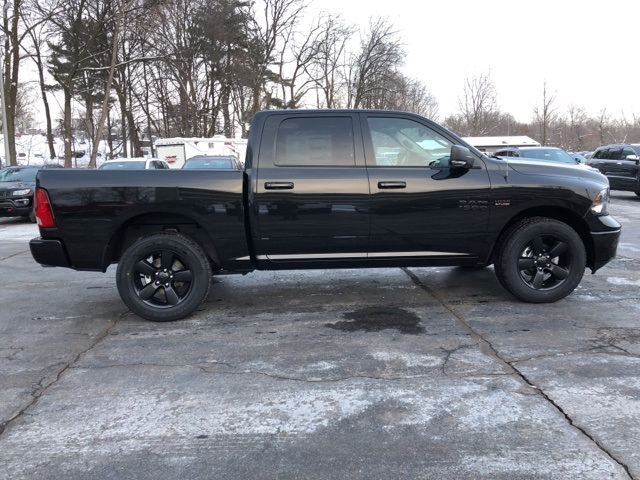 2018 Ram 1500 Crew Cab 4x4, Pickup #18143 - photo 6