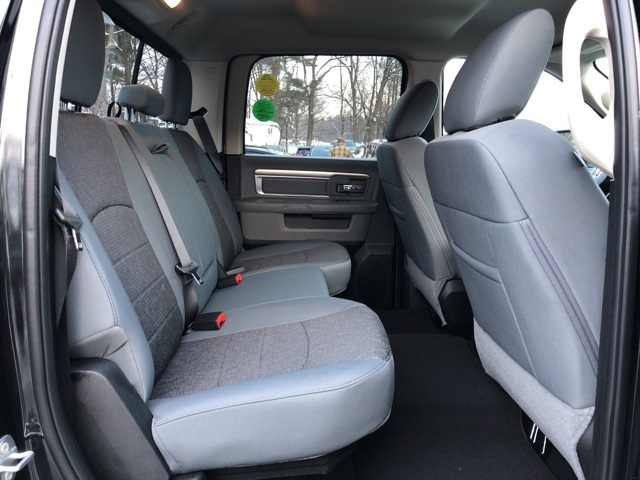 2018 Ram 1500 Crew Cab 4x4, Pickup #18143 - photo 19
