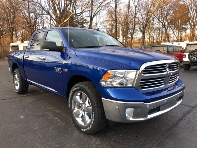 2018 Ram 1500 Crew Cab 4x4, Pickup #18149 - photo 9