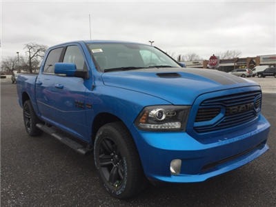 2018 Ram 1500 Crew Cab 4x4 Pickup #D180364 - photo 8
