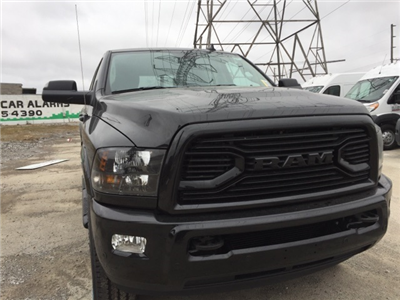 2018 Ram 2500 Crew Cab 4x4 Pickup #D180407 - photo 9