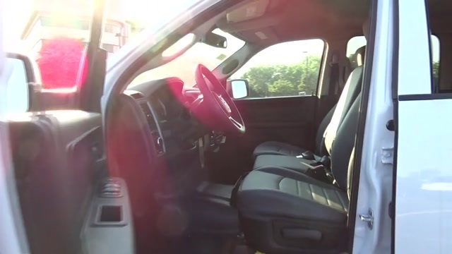 2018 Ram 1500 Crew Cab 4x4,  Pickup #D181017 - photo 24