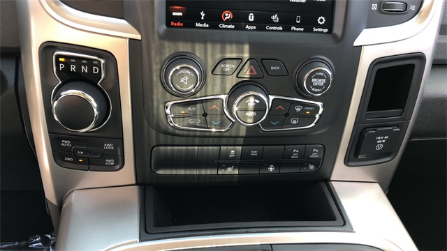 2019 Ram 1500 Crew Cab 4x4,  Pickup #D190271 - photo 17