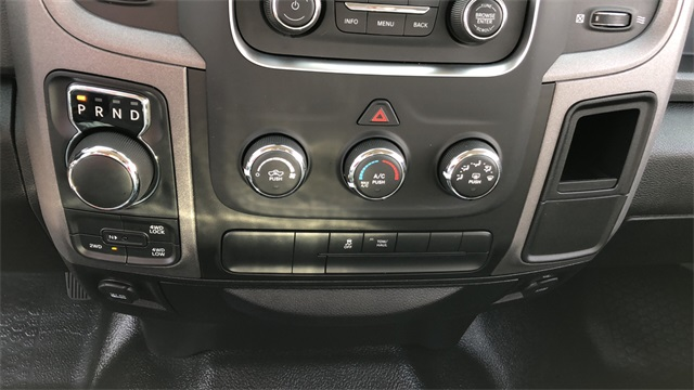 2019 Ram 1500 Crew Cab 4x4,  Pickup #D190312 - photo 15