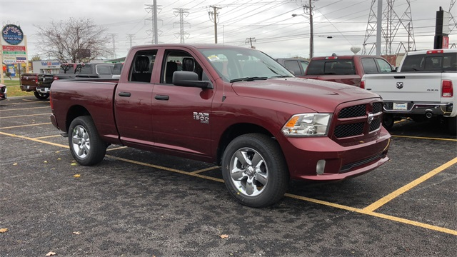 2019 Ram 1500 Quad Cab 4x4,  Pickup #D190350 - photo 3