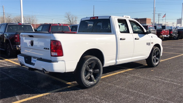 2019 Ram 1500 Quad Cab 4x4,  Pickup #D190359 - photo 5