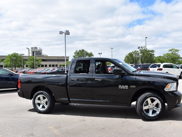 2017 Ram 1500 Quad Cab 4x4, Pickup #L1186 - photo 5
