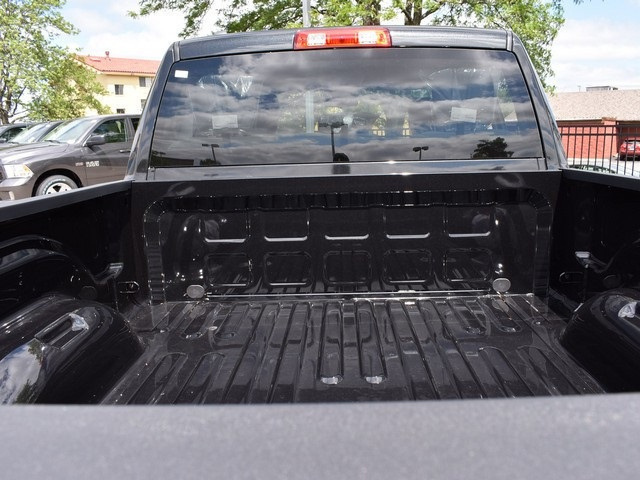 2017 Ram 1500 Quad Cab 4x4, Pickup #L1186 - photo 7