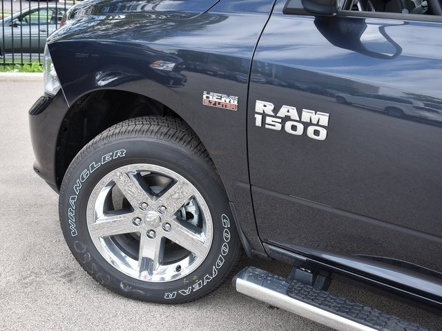 2017 Ram 1500 Crew Cab 4x4, Pickup #R1492 - photo 8