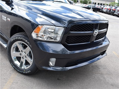 2017 Ram 1500 Crew Cab 4x4, Pickup #R1492 - photo 3