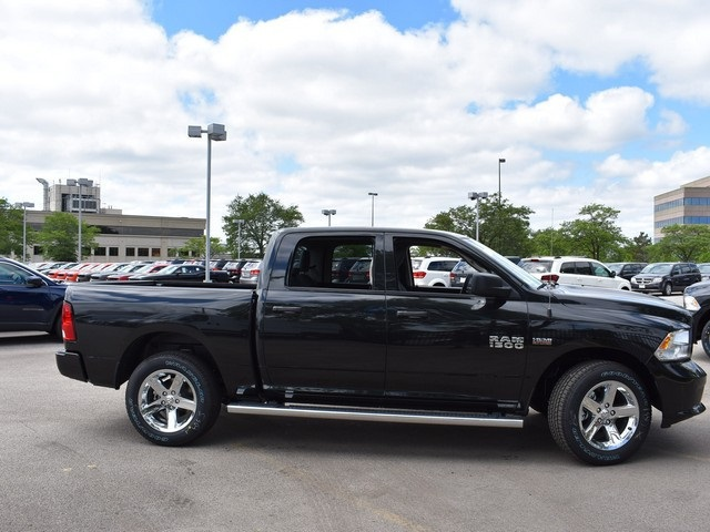 2017 Ram 1500 Crew Cab 4x4 Pickup #R1494 - photo 5