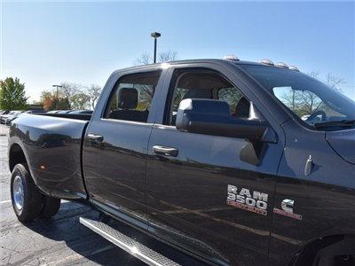 2018 Ram 3500 Crew Cab DRW 4x4 Pickup #R1566 - photo 15