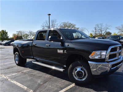 2018 Ram 3500 Crew Cab DRW 4x4 Pickup #R1566 - photo 1